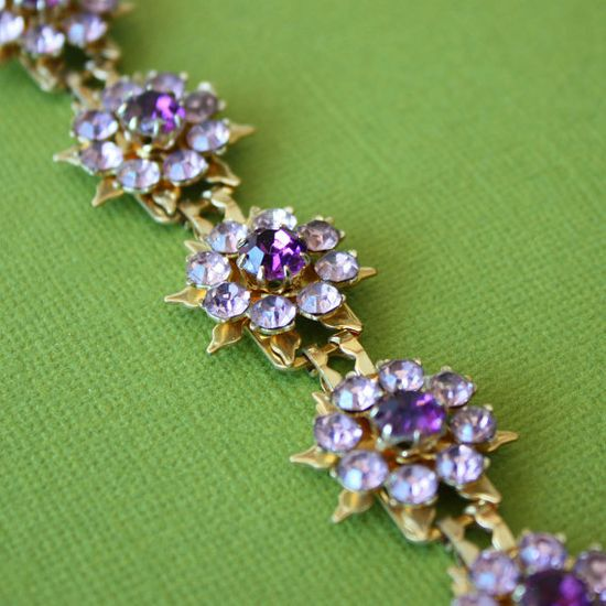 Coro is only one of the famous brands of vintage jewelry. LOVE IT!