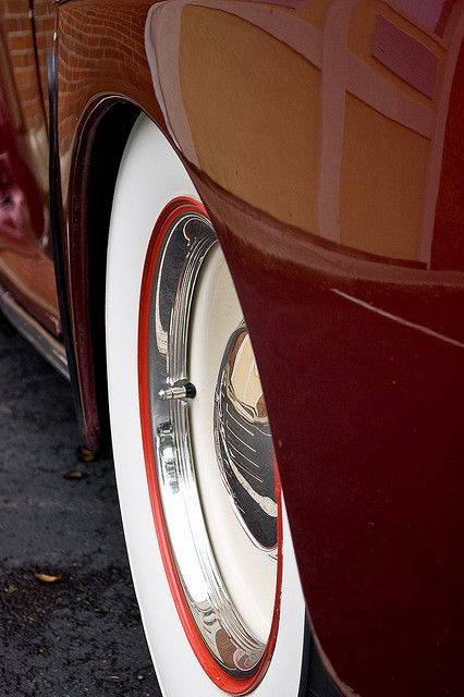 ? Beautiful Burgundy beige and chrome car details