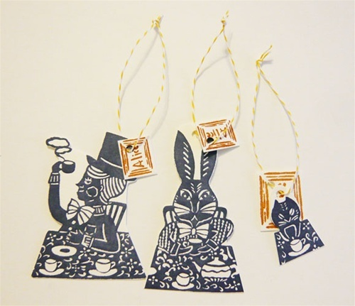 alice in wonderland gift tags 3:    Beautiful letterpress gift tags based on Alice in Wonderland theme with a twisted paper cord.
