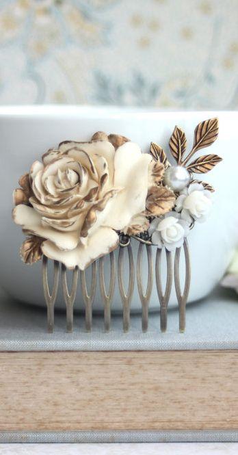 Vintage inspired #dreamdigs #vintage #weddings #rustic