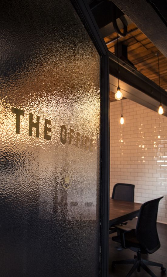 For Ubiquitous, a digital agency based in Manchester, the workplace is something more than simply a place to work. Founders Andy Buchan and Neil Boote wanted their company's office to represent the heart of their company: Craft.