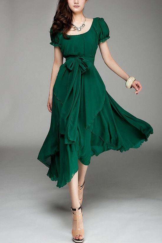 such a beautiful green dress