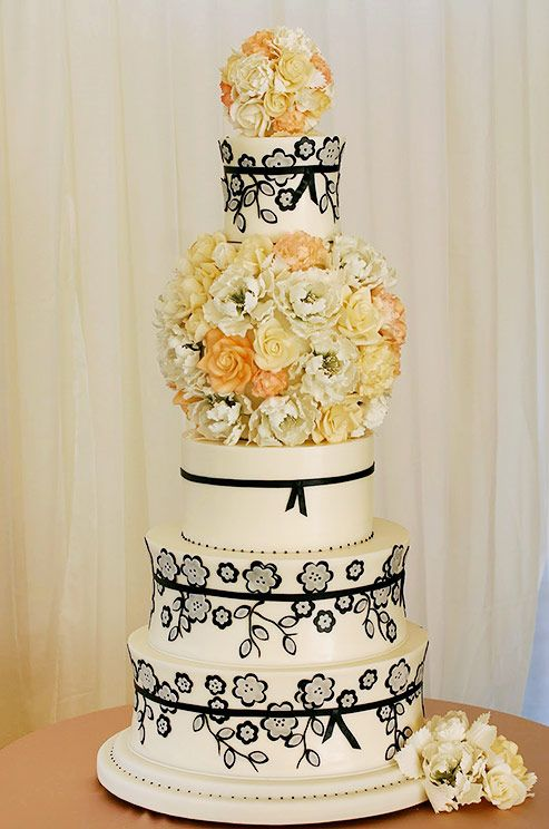Beautiful wedding cake by Confectionery Designs