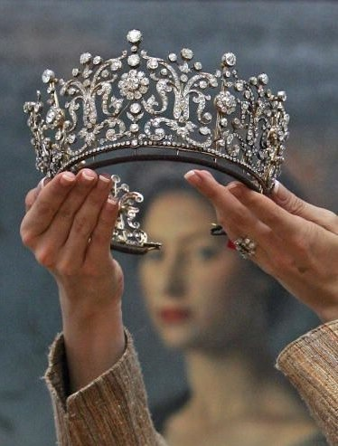 Poltimore Tiara worn by Princess Margaret at her wedding.
