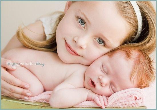 Newborn Photo Ideas / newborn with sibling pose