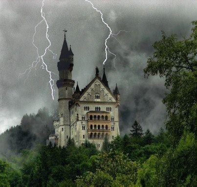 Lightning strikes Neuschwanstein Castle in Germany