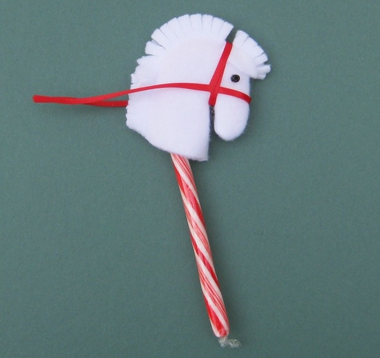 Candy Cane Hobby Horse Topper.  via Etsy.