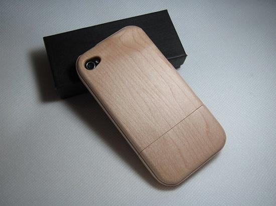 iPhone 4 Wood Case