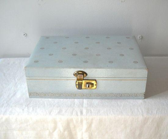 Jewelry Box---mine was beige.