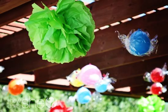 candy land birthday party: diy giant pieces of candy out of balloons!