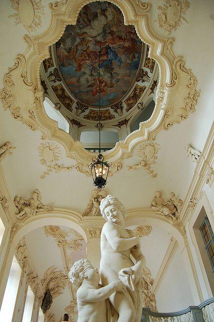 Detalles arquitectónicos dentro de Rastatt Castle , Alemania