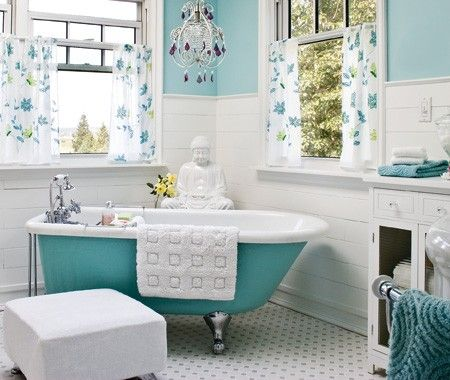 How To Quickly Refresh A Dated Bathroom Decor