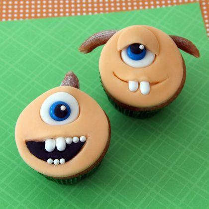 """Monsters University"" Terri and Terry Cupcakes #MonstersU"