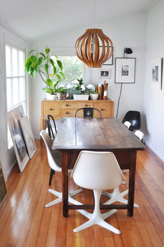 sfgirl-dining-room-- love the @westelm bentwood pendant!