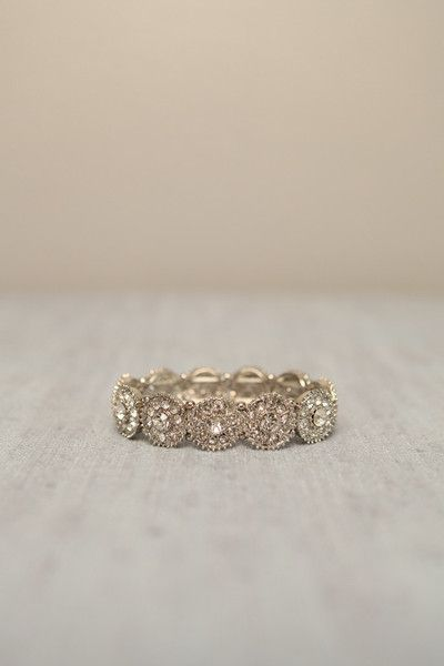 gorgeous vintage wedding band