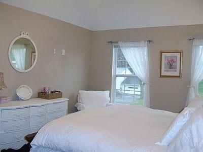 Cozy & pretty shabby chic bedroom - ideasforho.me/... -  #home decor #design #home decor ideas #living room #bedroom #kitchen #bathroom #interior ideas