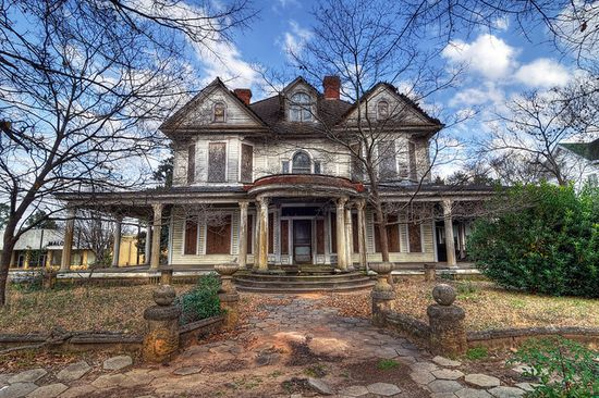 Abandoned, old house in downtown Dawson, Georgia.