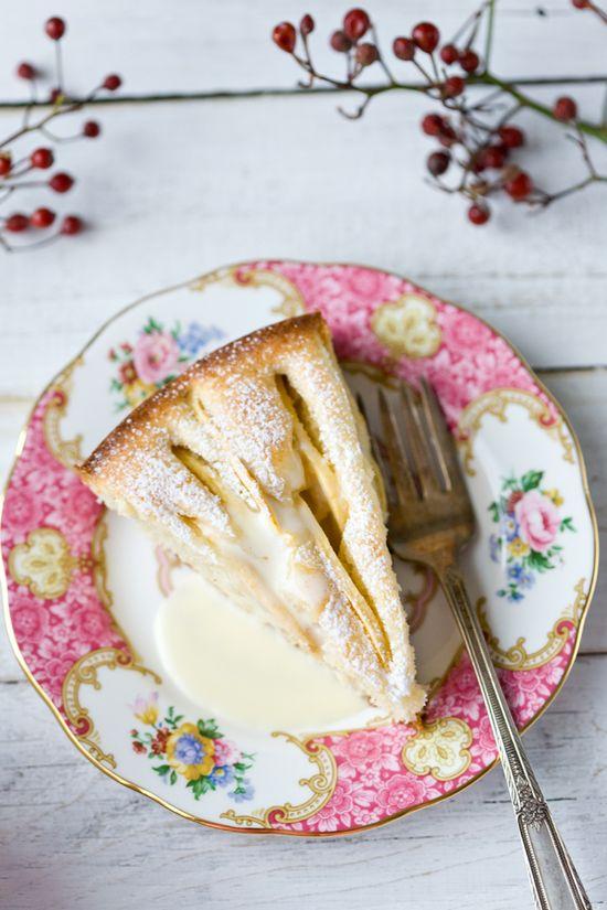 Apple Tart with Hot Cream Sauce