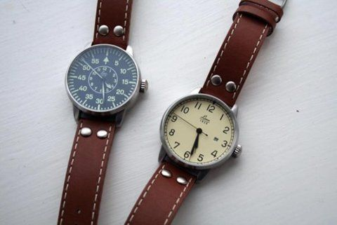 Vintage Watches. I want one so bad.