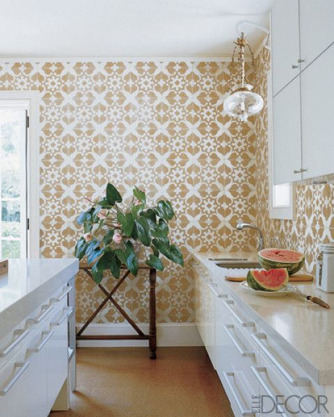 fab wallpaper, would be great with Brizo brass faucets Elle Decor