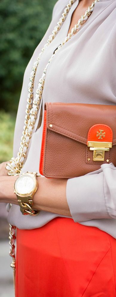 Style - essential details -  Tory Burch Bag??
