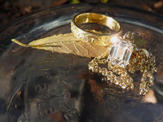 Diamond Ring, Diamond Necklace, With Sparkle
