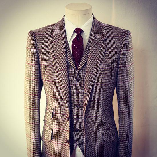 New York City's fashion scene - David Reeves Bespoke #tailoring #men #fashion