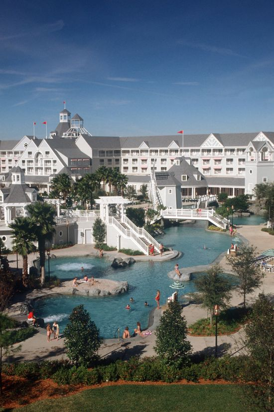 Disney Resorts -- the pool at the Disney Yacht and Beach Resort