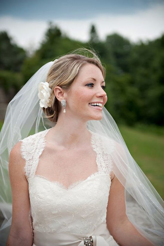A flower in the hair is so lovely for weddings. And this is one you can keep!
