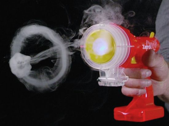 Vapor Blaster by Zero Toys:  Blows vapor rings up to 12 feet with optional blast sound effects.  #Toys  #Fog_Ring