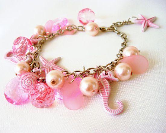 Pink tones Beaded Charm Bracelet