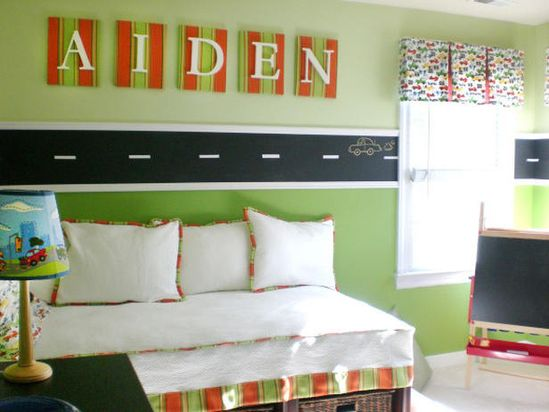 Chalkboard Racetrack: Love this wall art for a car-themed boy's room!12 Super-Fun Kids' Rooms >> www.hgtv.com/...