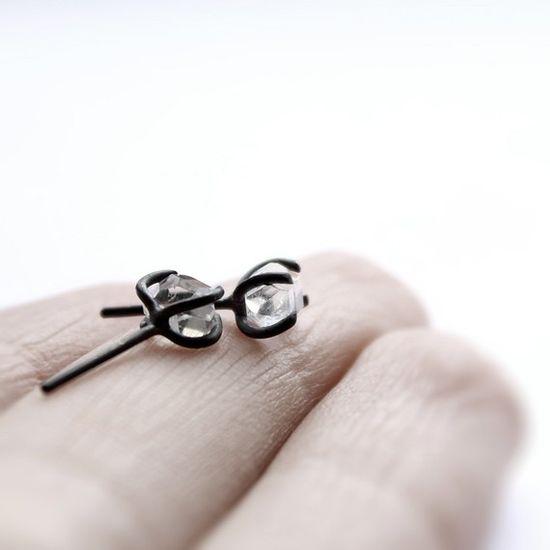 MIRTA : herkimer diamond oxidized sterling silver post earrings