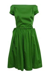 #Gorgeous green dress  green dresses #2dayslook #green style #greenfashion  www.2dayslook.com