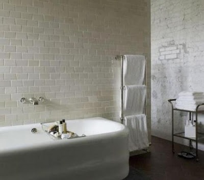 great tub, slightly ridley scott