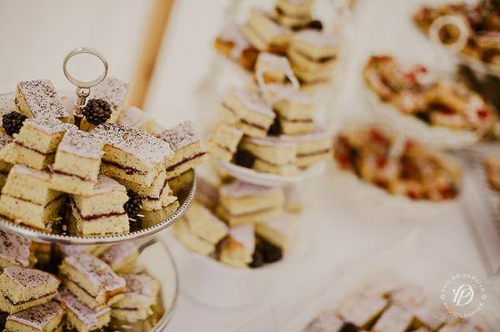 vintage style wedding food