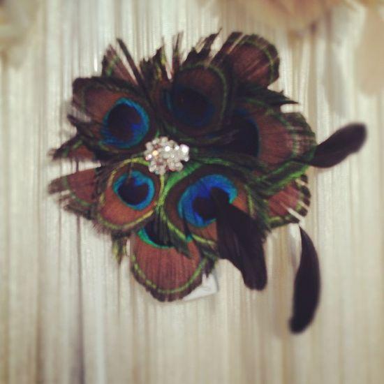 Peacock accessory by @sara_gabriel . Love #bridalmarket