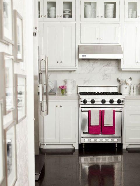 kreyv: White Kitchens