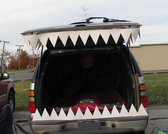 big teeth for trunk or treat