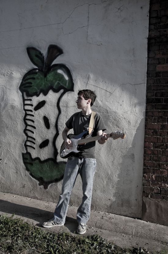Senior Boy, graffiti, guitar