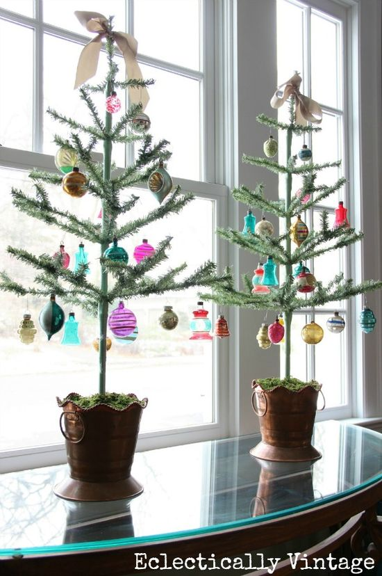 Be still my heart! Feather Trees - great for showing off special ornaments #12daysofChristmas