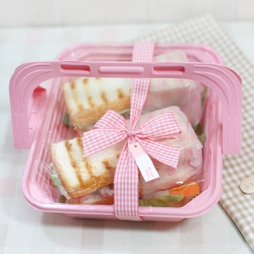 Pink picnic basket container