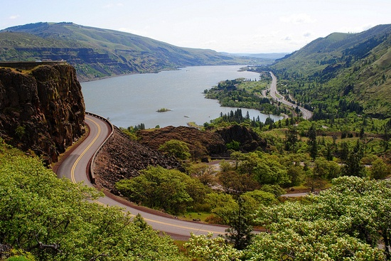 Interstate 84, the Historic Columbia River Hwy, and the Columbia River - Tom McCall Preserve - Eastern Columbia River Gorge, via Flickr.