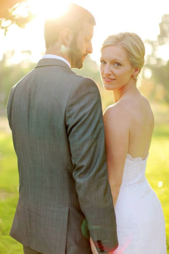 www.howtoplanyour... has some tips and advice on how personal wedding websites can be beneficial for everything concerning your special day.