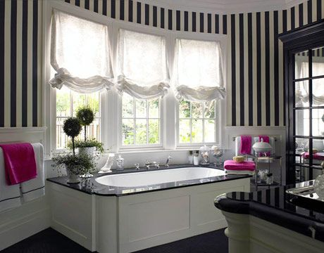Black and white bathroom!  Love the walls!