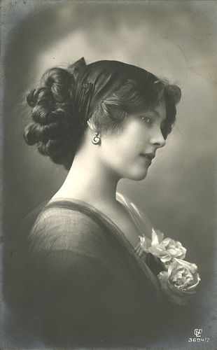 A terrifically beautiful, unidentified Edwardian woman - with really fabulous hair!