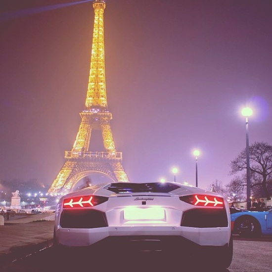 Midnight it Paris With the Beautiful Lamborghini Aventador!