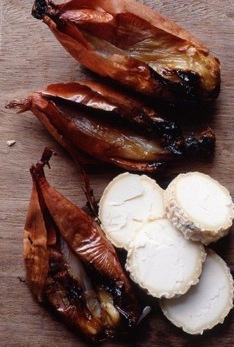 Baked Onions with Goat's Cheese