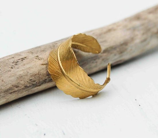 Golden FEATHER Ring Romantic Vintage Style Leaf  $19.95
