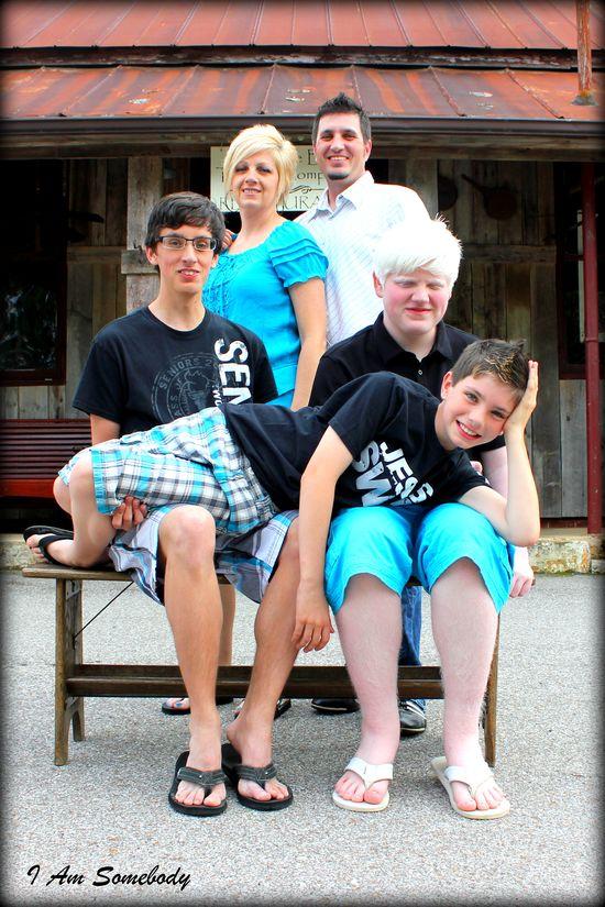 Family Photos #iamsomebodyphotography